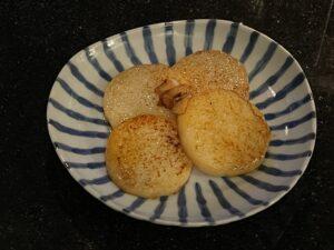 なんばで昼飲みにぴったりの長芋ガリバタ醤油